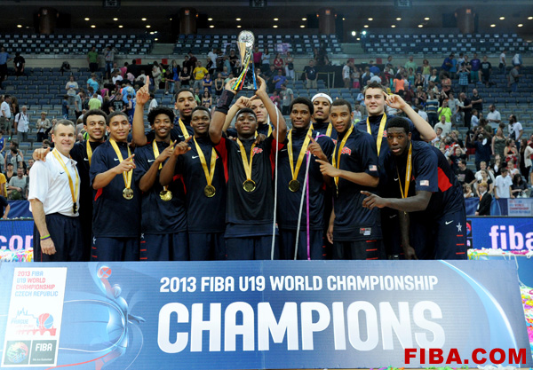 The U.S. Under-19 basketball team celebrates their gold medal victory over Serbia. (Photo courtesy of FIBA.com)