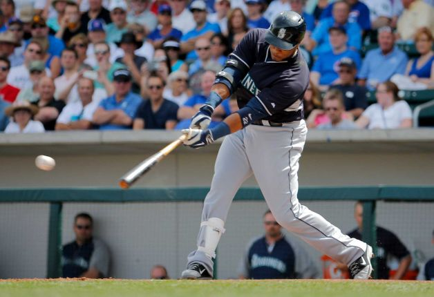 Robinson Cano hopes to lead the Mariners into a new era, but there's not much immediate help.