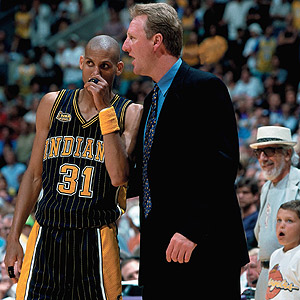 Larry Bird coaches Reggie Miller and the Indiana Pacers in the 2000 NBA Finals. Like Jason Kidd, Bird had no coaching experience before joining the Pacers.