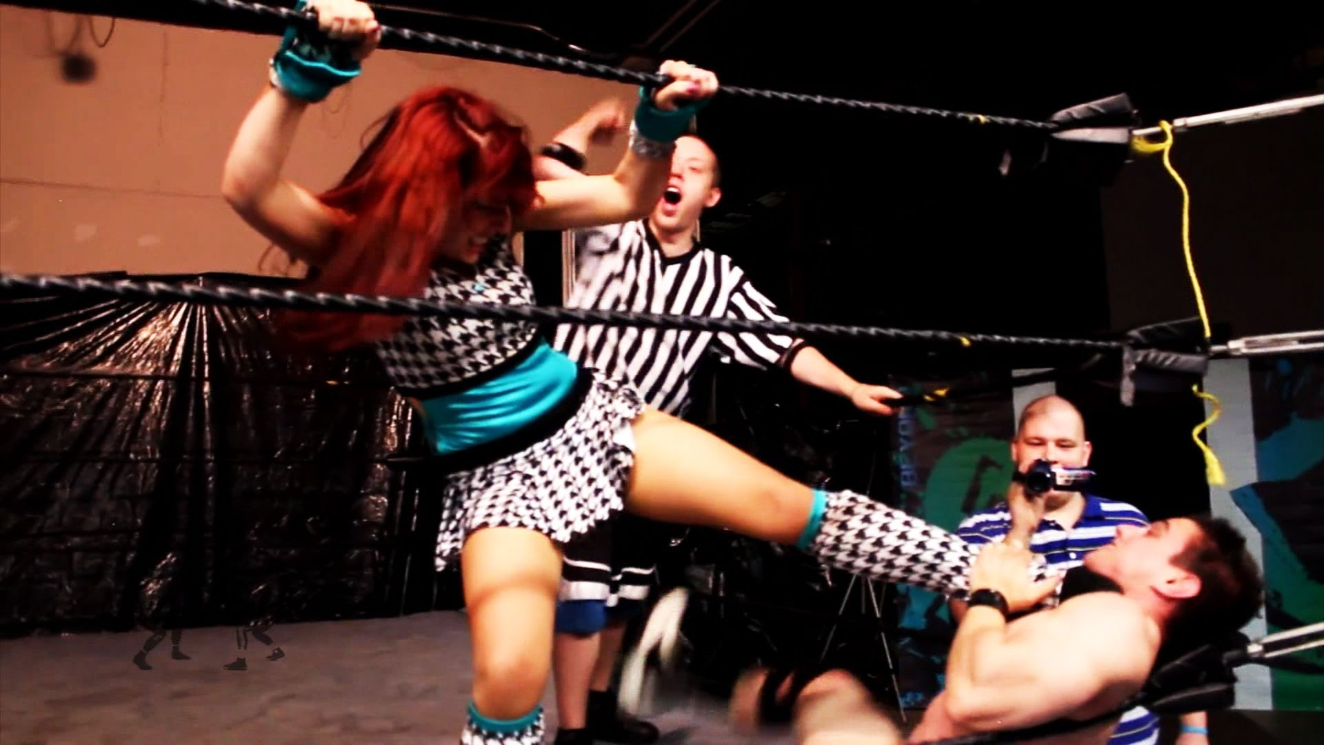 veda-scott-intergender-wrestling