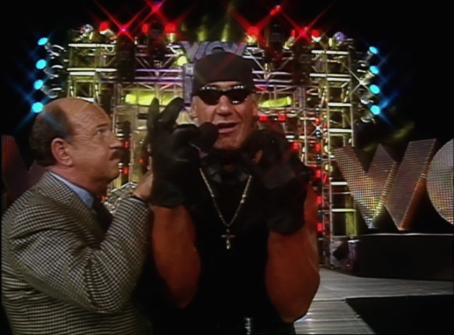 hulk-hogan-black-gloves