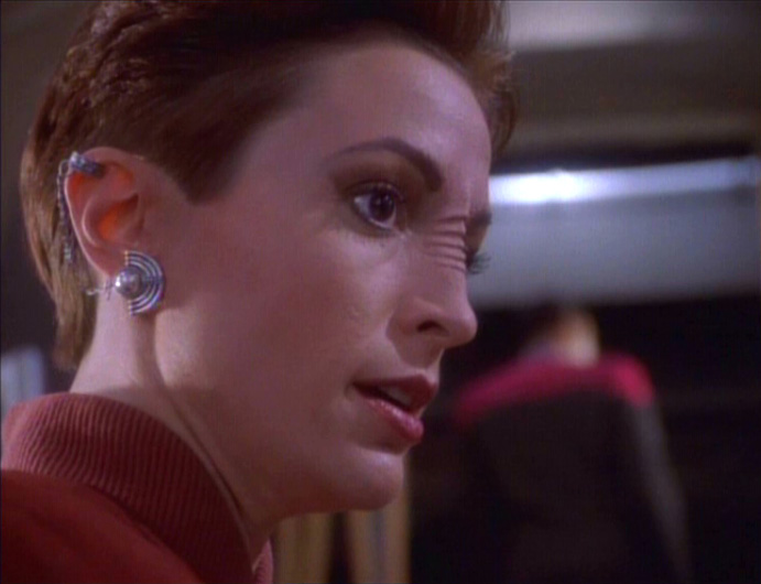 star-trek-ds9-prologue-kira-worried