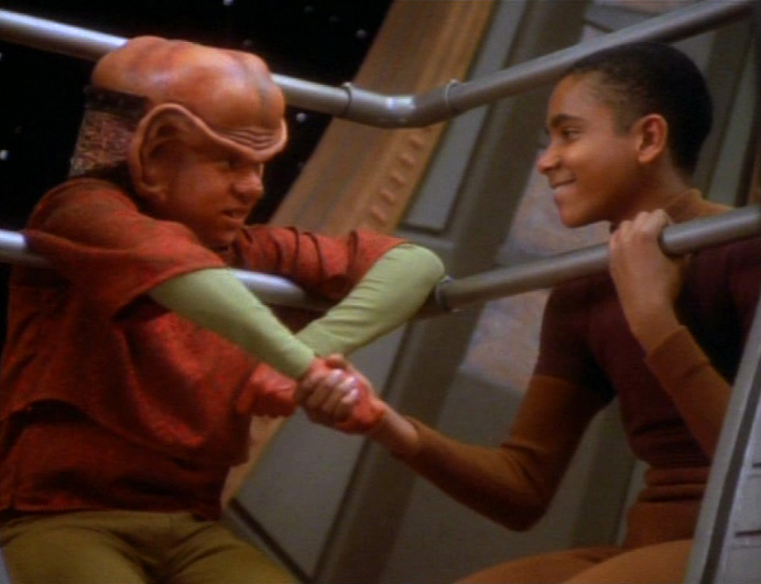 star-trek-ds9-nagus-jake-nog-handshake