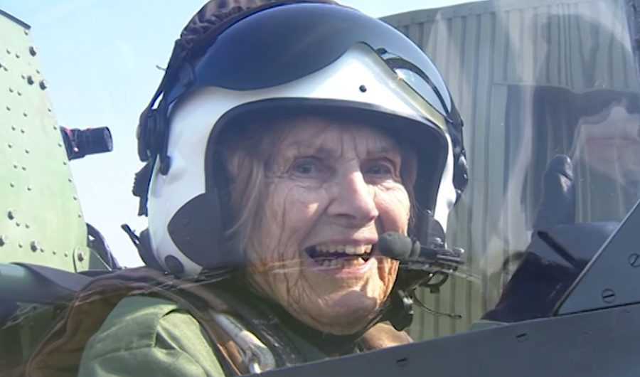 badass-old-lady-pilot