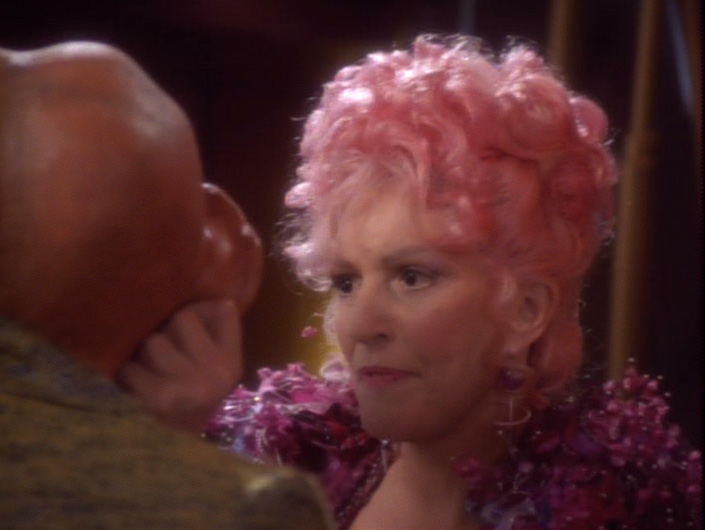 star-trek-ds9-forsaken-troi-quark