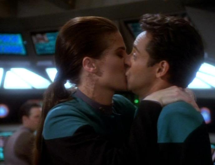 star-trek-ds9-wishes-bashir-kissing-fantasy-dax