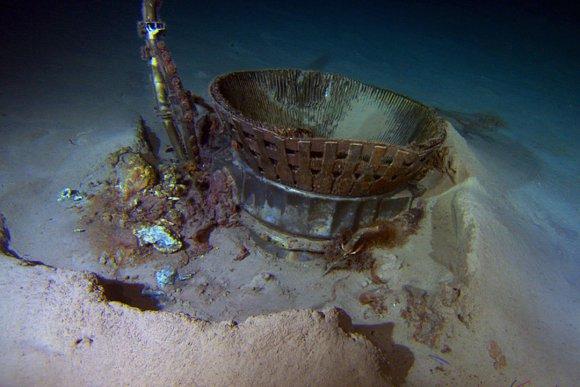 apollo-engine-from-ocean-floor