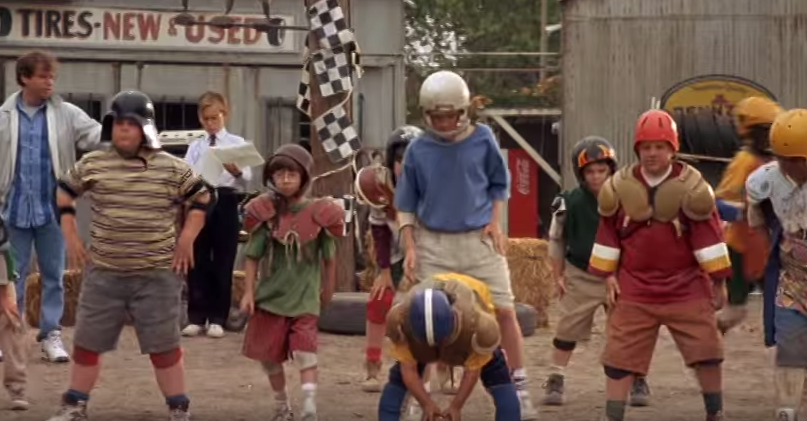 a-look-back-at-little-giants-the-football-kids-movie-thats-now-old-enough-to-drink-body-image-1444970420