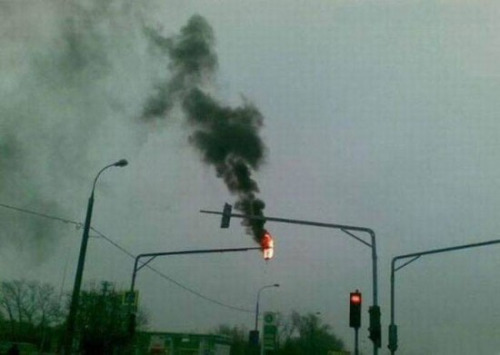 burning-traffic-light