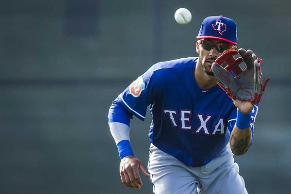 Ian Desmond's transition to left field could go a long way in determining the Rangers' 2016 fate.