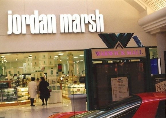 Jordan-Marsh-Warwick-Mall-03