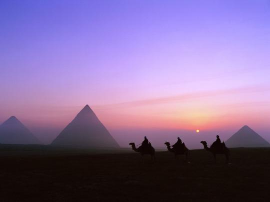 pyramids-at-night