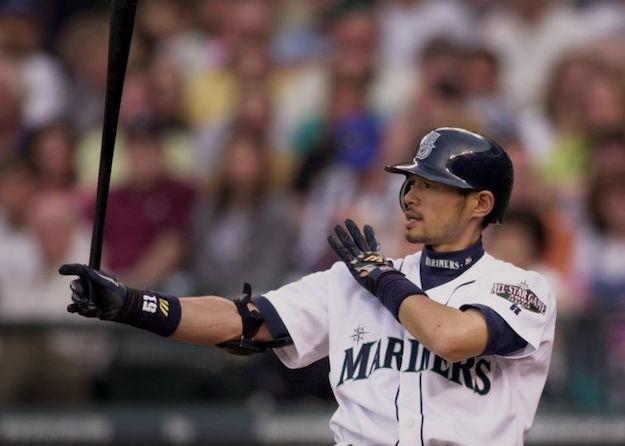 The classic Ichiro batting stance ritual.